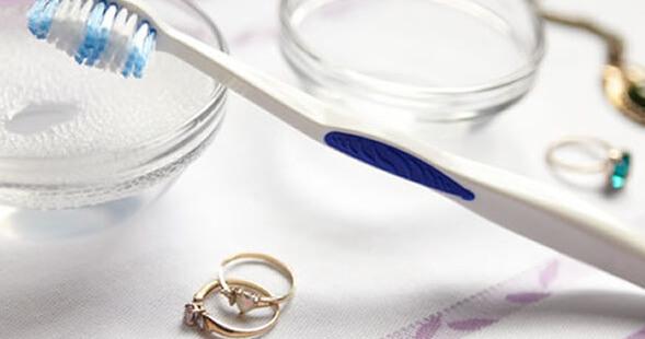 conservar e limpar bijus