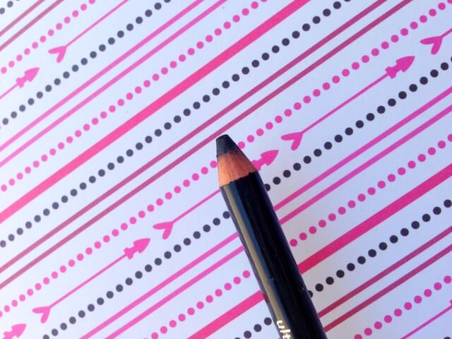 lápis preto
