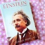 Livro da Semana: Einstein, Uma Biografia