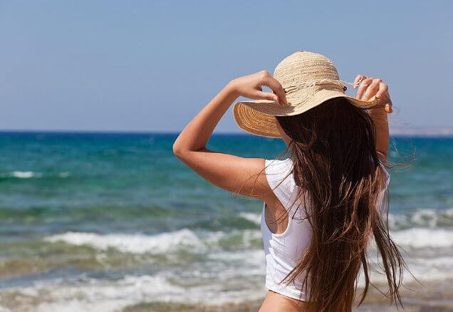 Danos que o verão causa nos cabelos