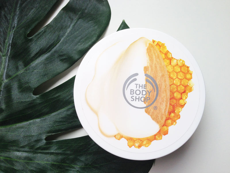 Manteiga Corporal Leite de Amêndoas e Mel The Body Shop
