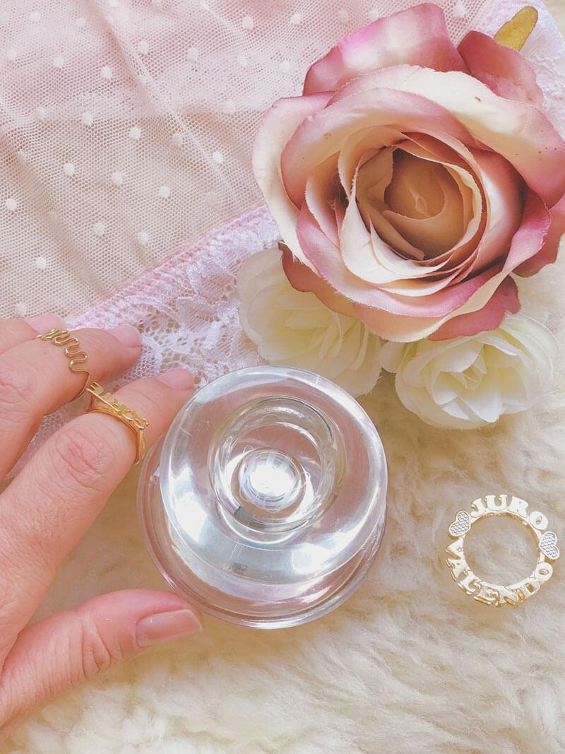 perfume insolence guerlain juro valendo